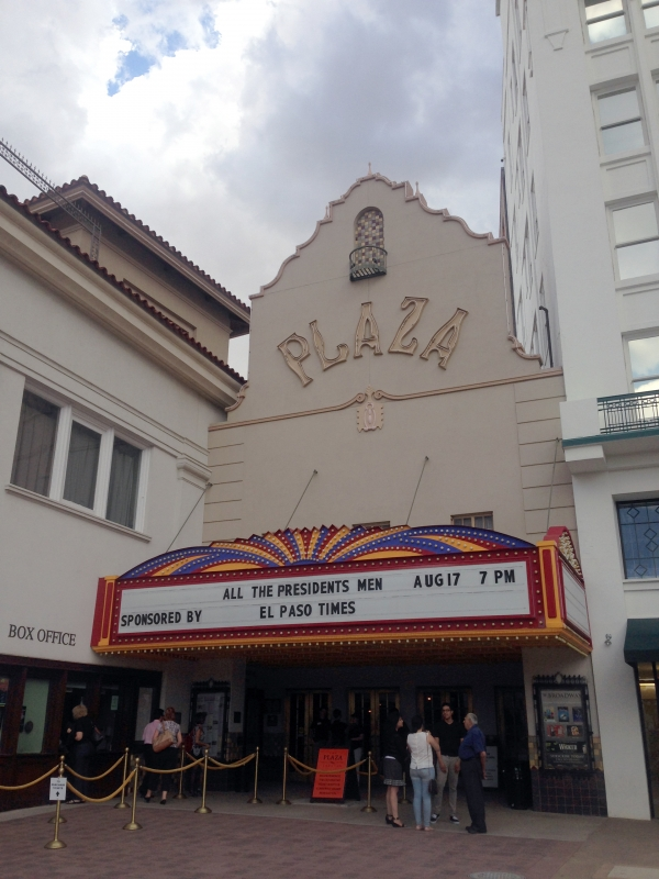 plaza-theater-box-office-marquee